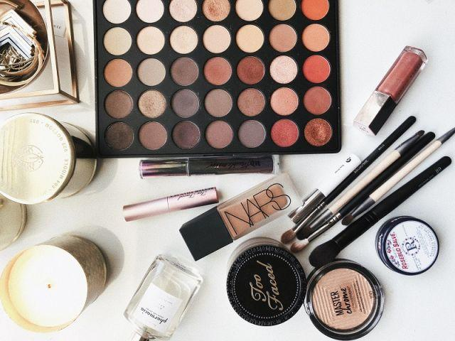 Blog-kozmetika-miza-za-licenje