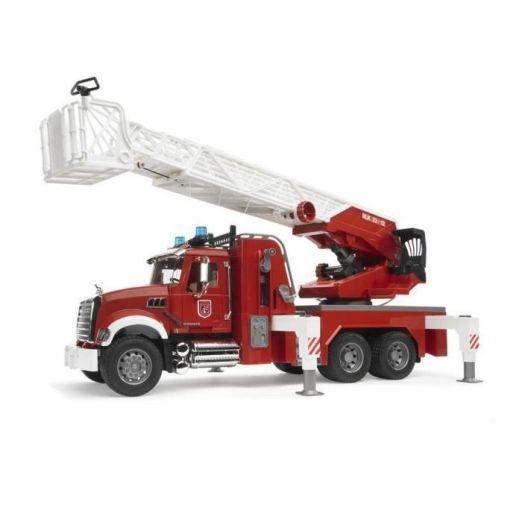 Otroški gasilski kamion z rezervoarjem za vodo
