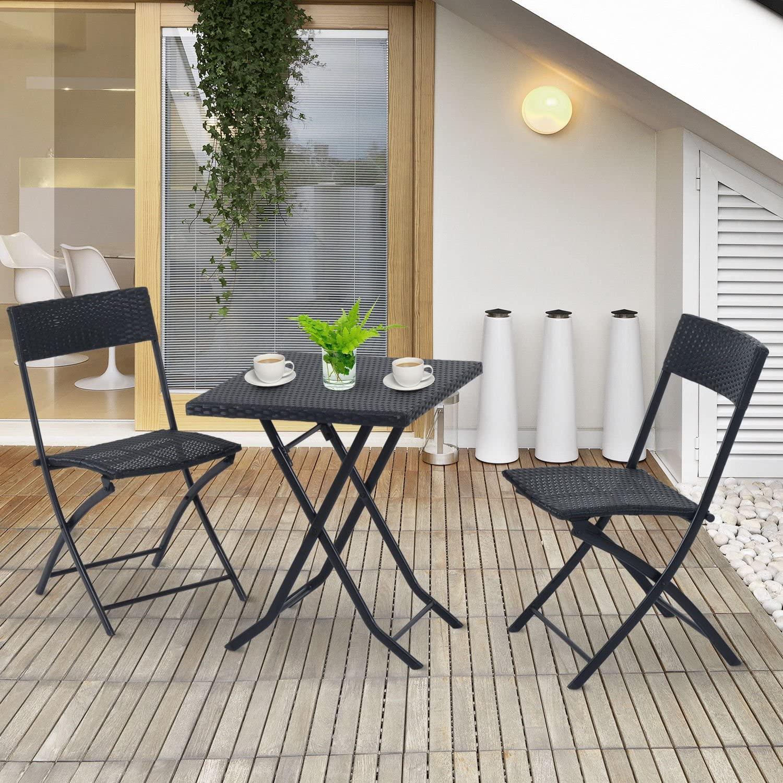 Vrtna miza in dva zložljiva stola iz ratana poceni